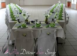 deco table rose et gris mariage et baptême blanc gris et vert thème grenouilles album