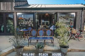 malibu beach house brings rustic home furnishings to the bu