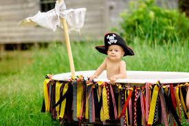 backyard bathtub pirate session still frames photography