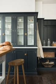 Dark Shaker Kitchen Cabinets Best 25 Green Kitchen Countertops Ideas On Pinterest Green