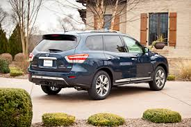 nissan pathfinder towing capacity 2016 2014 nissan pathfinder overview cars com