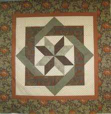 labyrinth quilt pattern free thread wall hanging for the mantle