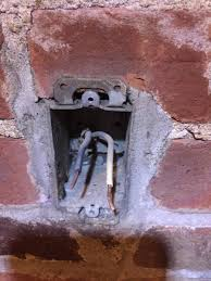 Electrical Different Options To Convert Brick Wall Outlet Box To - Bathroom vanity light no junction box