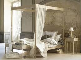 chambre lit baldaquin deco chambre lit baldaquin visuel 4