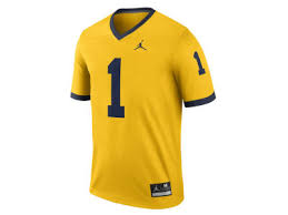 michigan wolverines fan gear michigan wolverines apparel um shirts jerseys hoodies lids com