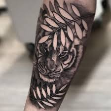 monochrome tiger forearm with negative space