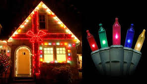 Outdoor Colored Christmas Lights by Decorated Christmas Lights Houses House Decor