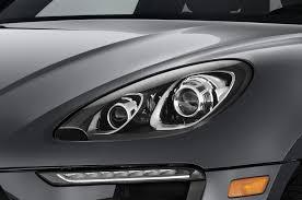 porsche headlights at night 2017 porsche macan reviews and rating motor trend