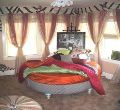 Boho Chic Bedrooms Bedroom Design Fabulous Boho Chic Bed Bohemian Style Living Room