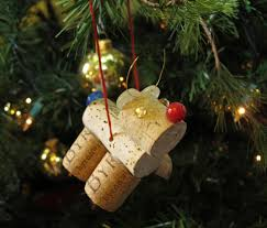 creative diy wine cork decorations