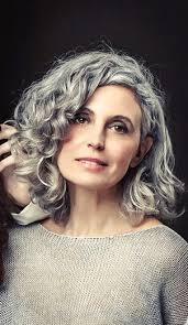 highlights for white hair on older women best 25 grey curly hair ideas on pinterest why grey hair is