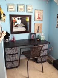 Diy Makeup Vanity Desk 48 Best Diy Makeup Station Images On Pinterest Organizers