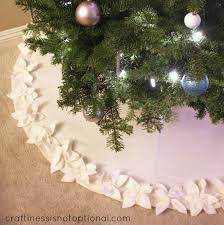 poinsettia tree christmas poinsettia tree skirt allfreesewing