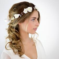 fleurs cheveux mariage mariage couronne de fleurs blanches elsa les meilleures