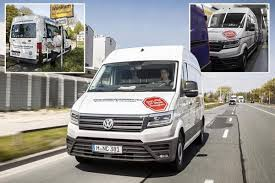 volkswagen crafter 2017 we test out the volkswagen crafter dubbed 2017 u0027s international van