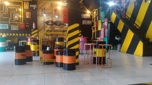 cafe and coffee shop interior design ideas recycled oil drums