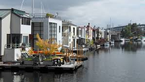 Sleepless In Seattle Houseboat by Houseboat Neighborhood Seattle This Is The Kind Of Living I