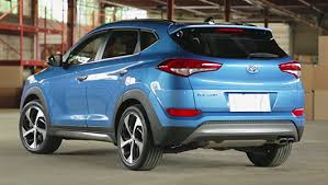 hyundai tucson or honda crv compare the hyundai tucson vs the honda crv hyundai canada