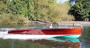 river thames boat brokers stanley and thomas thames boat brokers builders riverthames co uk