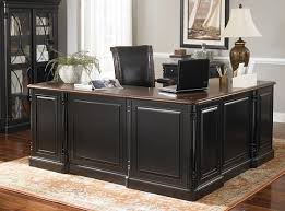 Home Office Table Best 25 Executive Office Ideas On Pinterest Executive Office