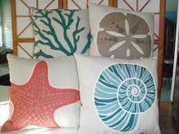 Easy DIY Decorative Throw Pillows