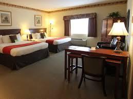 Comfort Inn Suites Airport And Expo La Quinta Inn U0026 Suites Louisville Airport U0026 Expo Updated 2017