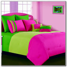 mesmerizing green and pink bedding fabulous small home decoration