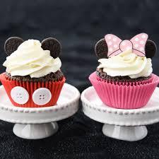 minnie mouse cupcakes mickey and minnie cupcakes square jpg