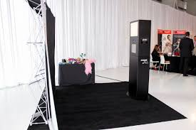 photobooth rental best photo booth rentals in coquitlam bc bestphotobooths