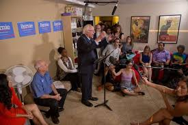 bernie sanders house in vermont bernie sanders hosts a nationwide house party for over 100 000 would
