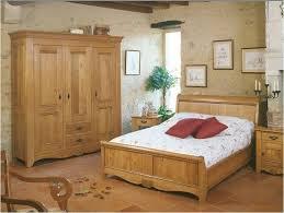 chambre à coucher en chêne massif fauteuils