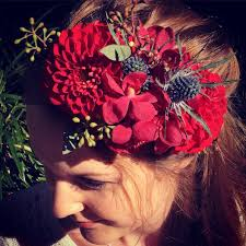 floral accessories flower crowns perth corages buttonholes a touch of class florist