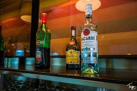 martini lounge review iberia business class lounge u2013 madrid u2013 grab a mile