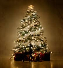 Commercial Christmas Tree Decorations Uk by Encino Holiday Lighting Installation And Decor By House Stars