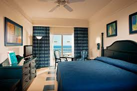 Hotel Riu Emerald Bay All Inclusive Hotel Playa Brujas - Riu montego bay family room