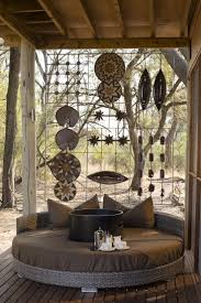 Lodge Style Home Decor 1019 Best Afrocentric Style Images On Pinterest Wall Stenciling