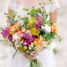 wedding flowers design the best and worst wedding flowers for brides with allergies