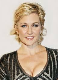 amy carlson new short haircut on blue bloods 24 best amy carlson images on pinterest amy carlson hairdos and