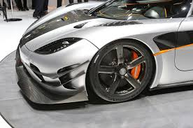 car koenigsegg one 1 koenigsegg one 1 breaks 0 186 0 mph record