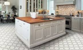 amazing best 25 vinyl flooring kitchen ideas on flooring