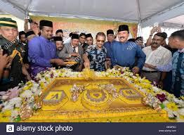sultan hassanal bolkiah plane haji hassanal bolkiah c stock photos u0026 haji hassanal bolkiah c