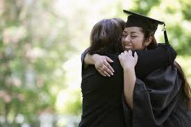 graduations announcements who you should send graduation announcements to