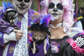 day of the dead costumes spirit halloween what is dia de los muertos as day of dead gains traction