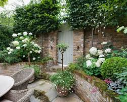 Small Walled Garden Ideas Beautiful Small Garden Idea West Courtyard Flower