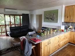 sejour et cuisine ouverte séjour avec cuisine ouverte picture of monzi safari lodge st