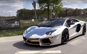 wrapped lamborghini silver wrapped lamborghini aventador couldn t keep up with the 911