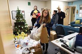hungry to serve mount students donate well 2 000 worth of