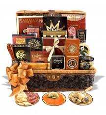 gourmet food gift baskets top 9 online shops for food gift baskets best 25 chocolate gift