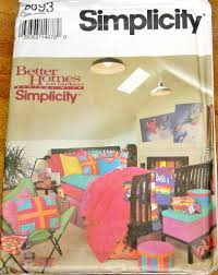 home decorating sewing pattern simplicity 8693 reversible bedroom