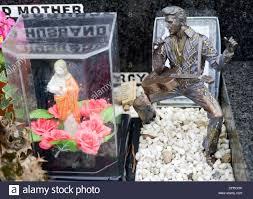 elvis grave ornament milltown cemetery belfast stock photo